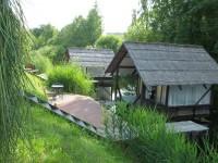 Ūdensmājiņām jaunas terases